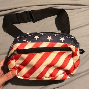 USA Fanny pack FREE W/ a PURCHASE